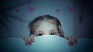 Traitement de l'angoisse nocturne chez l'enfant. Une technique redoutable
