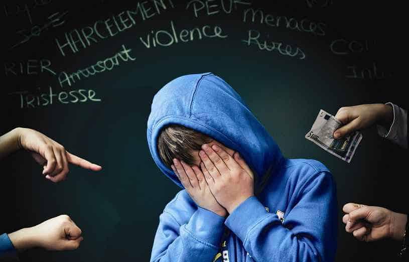 Phobie scolaire et harcèlement